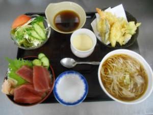 ミニ丼5点セット 1000円
